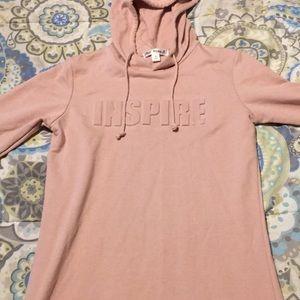 Tops - Pink hoodie sweatshirt